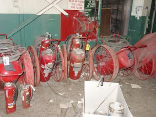 LOT OF ASSORTED ANSUL FIRE EXTINGUISHERS