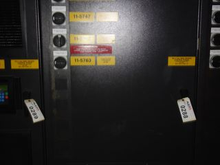 GE INNOVATION SERIES LV AC DRIVE CABINET W (4) 25HP AV-300I