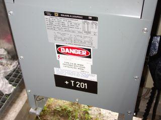 SQUARE D 25S3H 25KVA 480/120V-AC TRANSFORMER