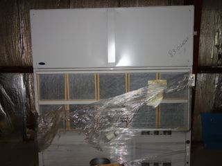 CARRIER CENTRAL AIR CONDITIONER Floor Mount