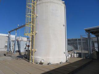Fiberglass Water Tank, Approx. 20,000 gallon Capacity.