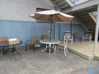 Outdoor Furniture (lot)