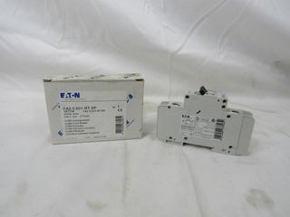 (50) Eaton FAZ-C32/1-RT-SP Plug In FAZ 1P 32A 120/240VAC 50/60Hz