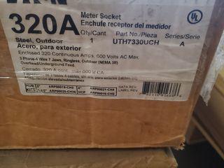 (1) Eaton UTH7330UCH Meter Socket Ringless 320A 600VAC 3Ph 4Wire 7Jaws NEMA Type 3R