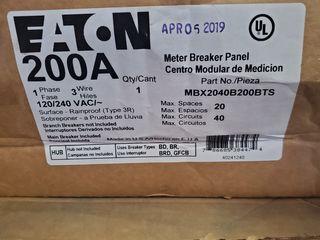 (1) Eaton MBX2040B200BTS Meter Breaker 200A 120/240VAC 1Ph 3Wire 4Jaws NEMA Type 3R 20 Spaces, 40 Circuits