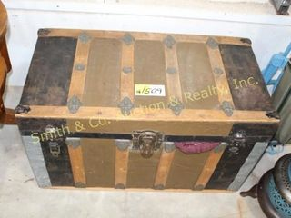 OLD TRUNK w/ MISC. PILLOWS & PICS INSIDE