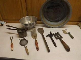 Vintage Kitchen - Some nice pieces
