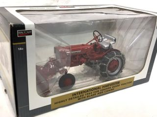 IH Highly Detailed 1964 Cub Square Hood Tractor