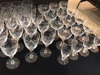 Several Sizes Clear Crystal Glasses