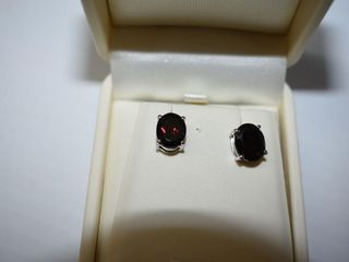 Rhodium Plated St.Silver Garnet(3ct) Earrings