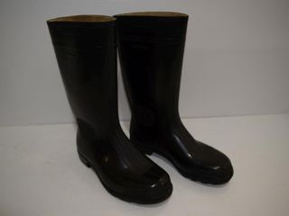 NEW Size 9 Rubber Boots  steel shank