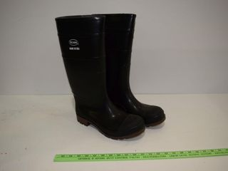 NEW BOSS  Size 9 Rubber Boots