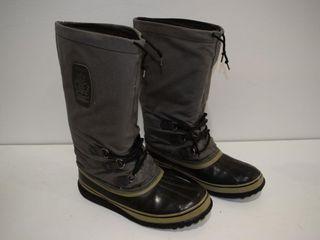 NEW SOREl sz 10 snow boots