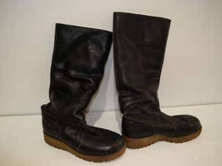 NEW sz 9 winter boots  leather