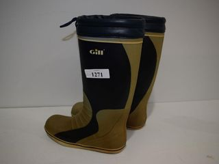Pr of GIll yachting boots  sz 11