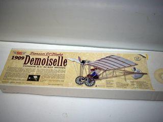 Pioneers of Flight Indoor R C Scale Model Plane