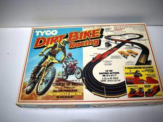 Dirt Bike Racing Track  no cars
