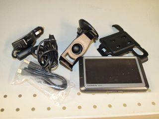Garmin Nuvi 250W GPS With Accessories