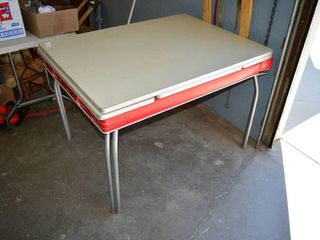 Vintage Arborite Table with Extensions