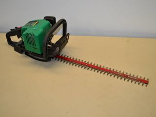 Weed Eater 22  Gas Hedge Trimmer