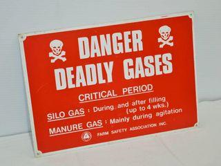 Silo Gas Tin Sign  14  x 10
