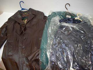 Danier leather Coat  sz Xl    2 Dress Outfits