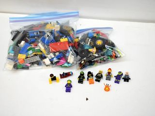 2  Bags of lego with 8 People