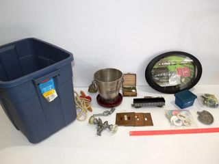 Tub Old toys  banks  collectibles etc