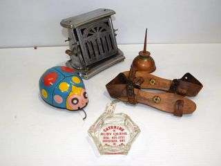 Grouping Battery operated tin toy etc