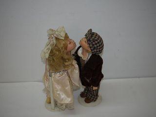 Kissing Dolls