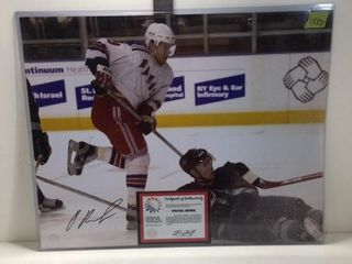 SIGNED PAVEL BURE PICTURE /W CERT OF AUTHENTICITY