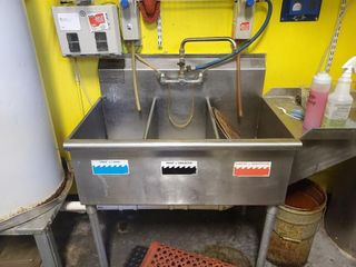 Stainless Steel Tripple bay 3 wash bay sink w...