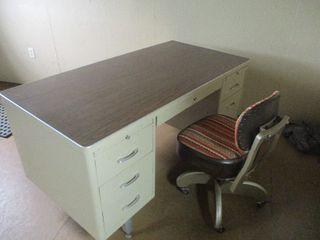 METAL OFFICE DESK / CHAIR