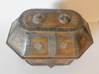 Storage Container with Medallions
