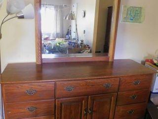 Thomasville Triple Wide Dresser w Mirror
