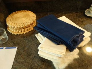 Placemats   hand towels