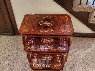 Beautiful wood inlaid 3 nesting table set  Small table is also jewelry box