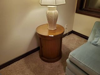 Baker furniture round lamp table w  under storage
