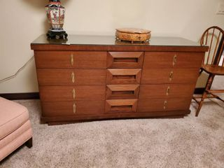 Mid century 12 drawer dresser  In excellent condition