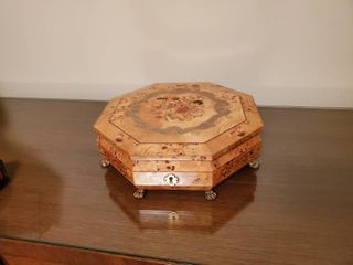 Vienna life octagon jewelry box  Made in Switzerland