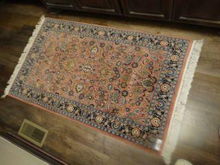 Fantastic area rug  60  x 34 5