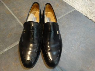 Pair of very fine Bruno Maglin dress shoes  made in Italy