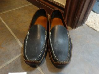 Pair of like new Allen Edmonds driving shoes  Size 12