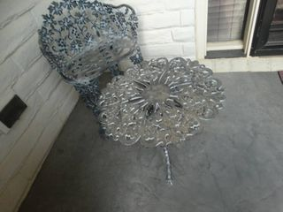 Cast aluminum patio chair   end table