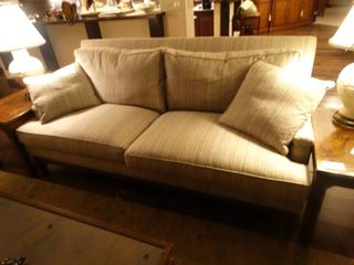 Very fine Pearson Furniture Sofa w  accent pillows