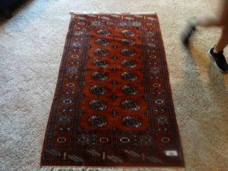 Area rug  58  x 36 5