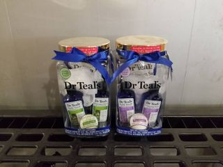 2 SETS OF DR TEAl S EUCAlYPTUS AND lAVENDER