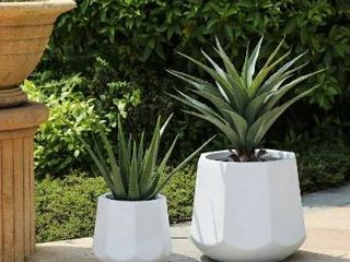 Kayu 2 piece White Finish MgO Round Planters by Havenside Home  Retail 115 99