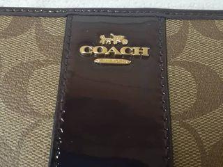 Coach Womens Signature Patent Accordian Zipper Wallet