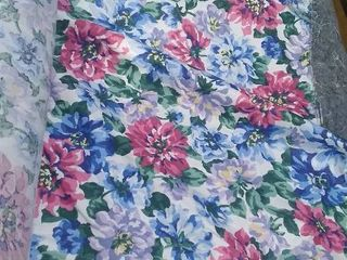 roll of polished cotton decorator fabric